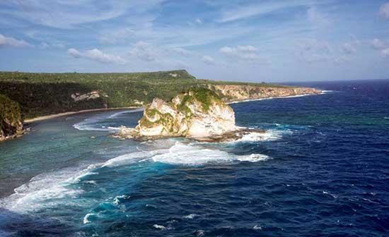 塞班岛海景塞班岛位于太平洋西,距离中