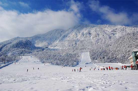 西岭雪山滑雪场西岭雪山滑雪场西岭雪山滑雪